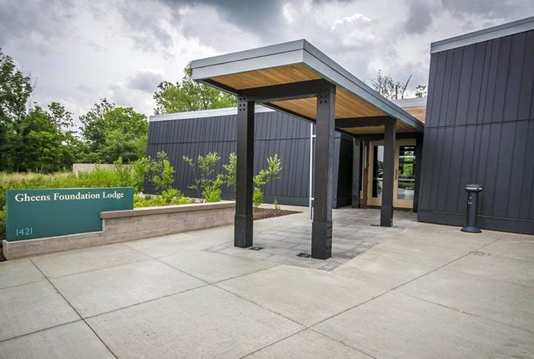 Gheens Foundation Lodge entry
